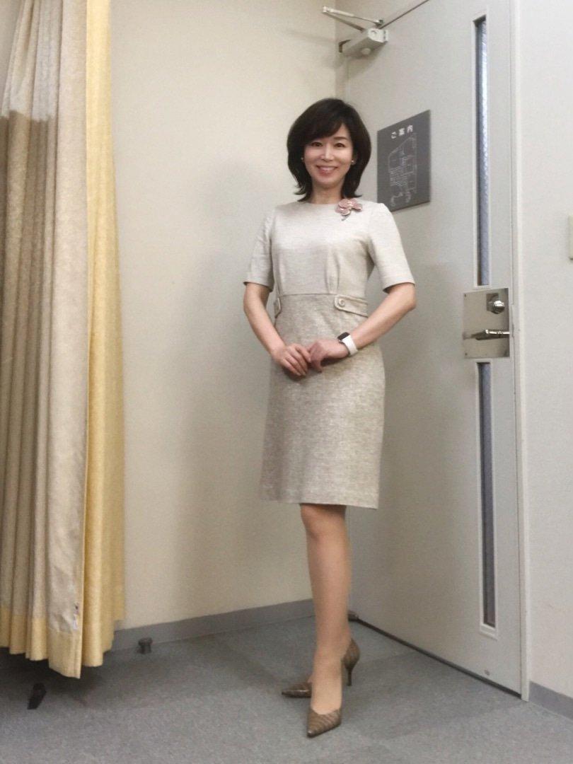 test ツイッターメディア - ひるおび!、ミヤネ屋に出演されてる伊藤聡子さん ホントスタイル抜群で清楚な雰囲気がある綺麗な方だけど、これで50歳ってマジで驚いた!! この美しさは反則級だわ!美魔女じゃなく正真正銘正統派和風美人だと言ってもいいと思う! https://t.co/YTir98pE1e