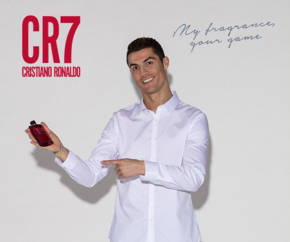 I'll be wearing my CR7 Fragrance this Valentine's Day...will you? https://t.co/ZUjsUbLVSB