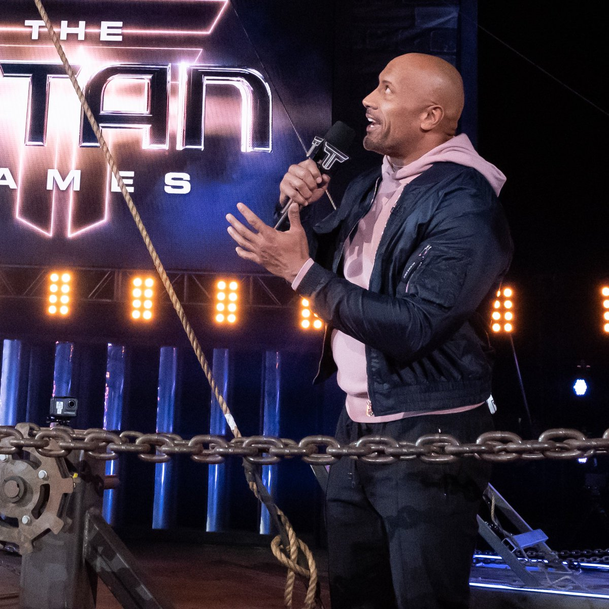 RT @nbctitangames: Don't worry, @KevinHart4real is @therock's very good friend. ???? https://t.co/ss24jHOFMu