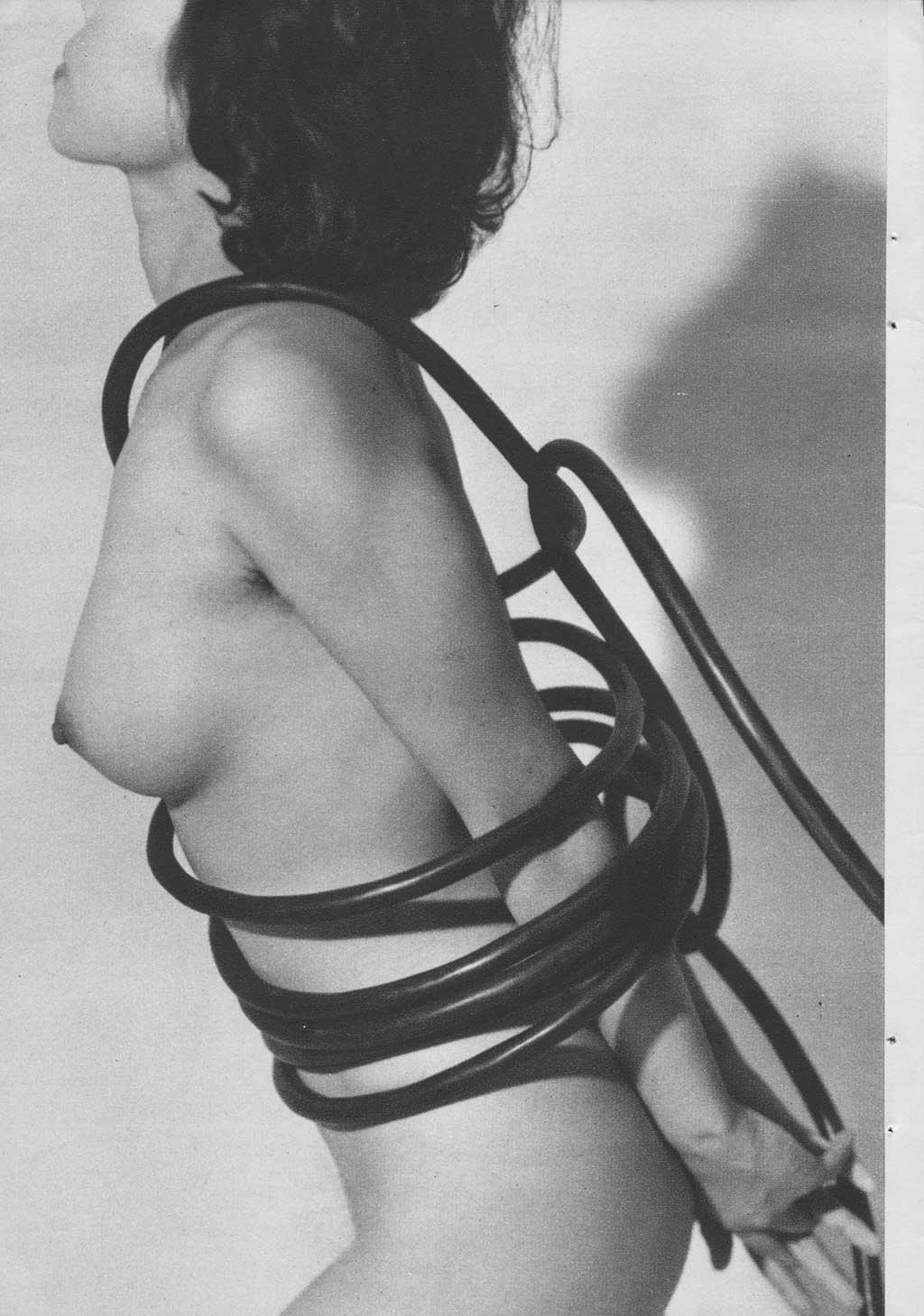 Japanese vintage fetish ... October 1960 https://t.co/M52F3UGh12