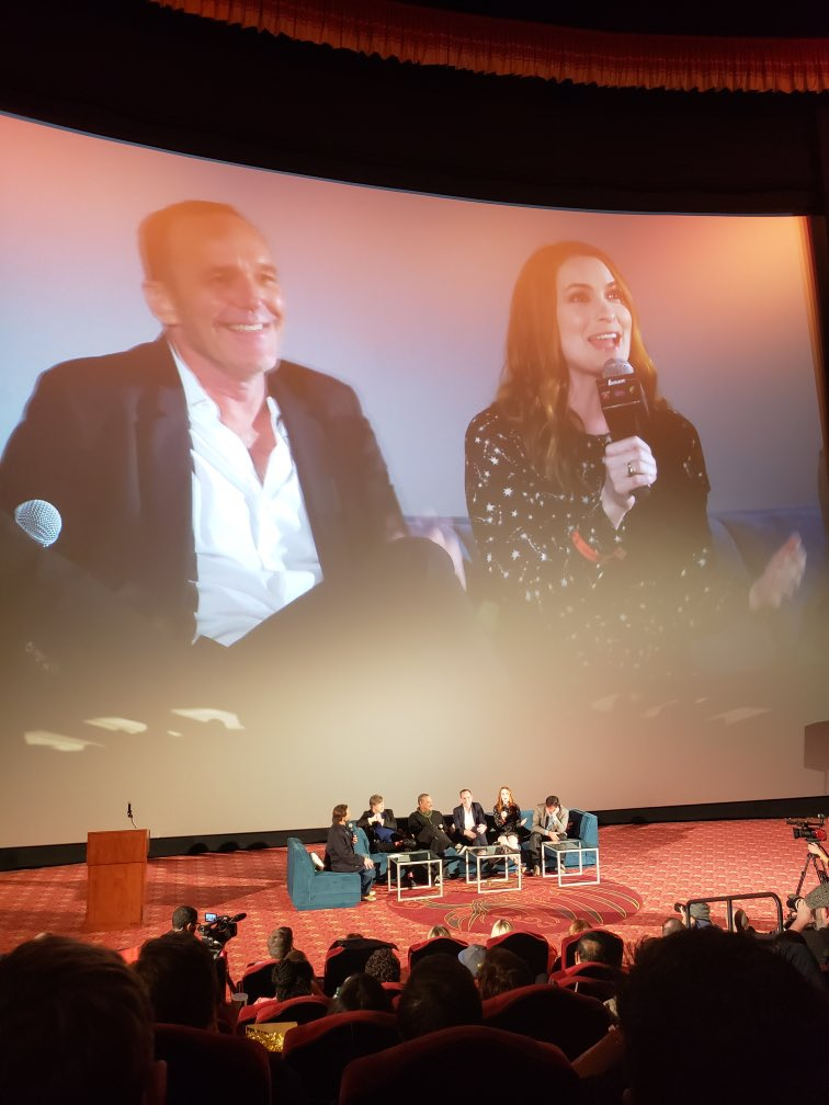 Speaking on a panel with @clarkgregg at a lovely event celebrating @TheRealStanLee's life. https://t.co/GSdQt4bNy6