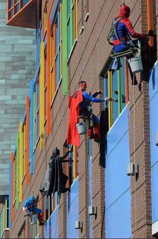 test Twitter Media - Window washers at a children's hospital in Memphis. https://t.co/LcAI9pwS85