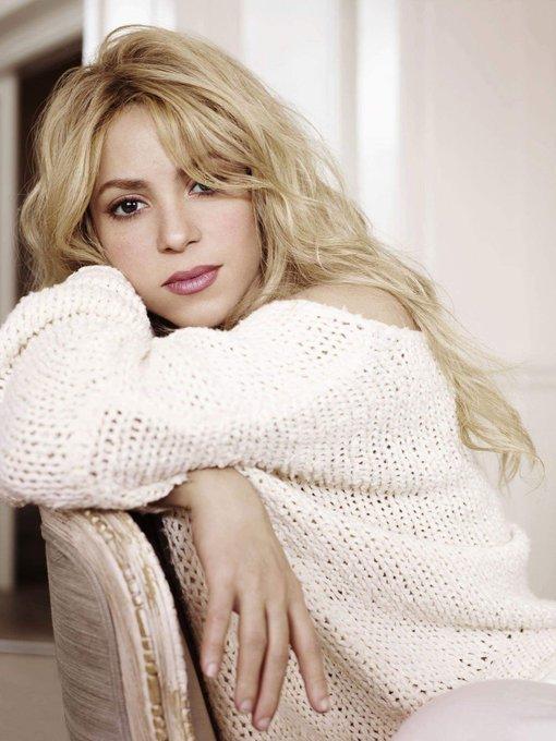 Shakira Shakira Isabel Mebarak Ripoll) Birth 1977.2.2 Happy Birthday