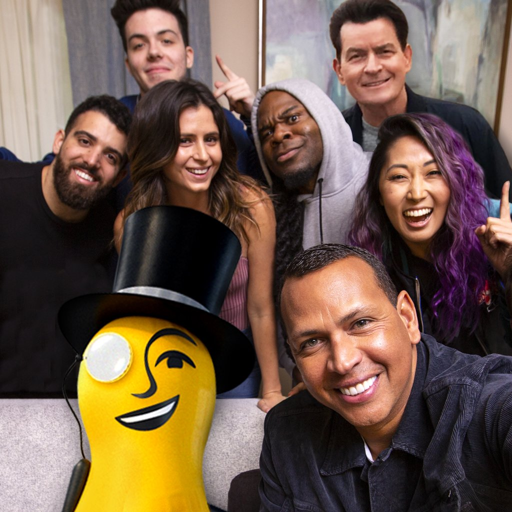 RT @AROD: ✅ Avoid kale chips in #CrunchTime ✅ Meet a bunch of cool people ✅ Epic selfie ????#ad #CrunchTime https://t.co/0eDF4dBzfV