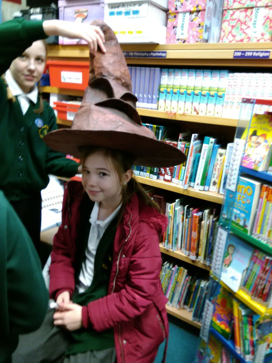 test Twitter Media - Y4 and Y6 enjoying all the magic of Harry Potter at Hogwarts this lunchtime https://t.co/eBcPHOuJVi