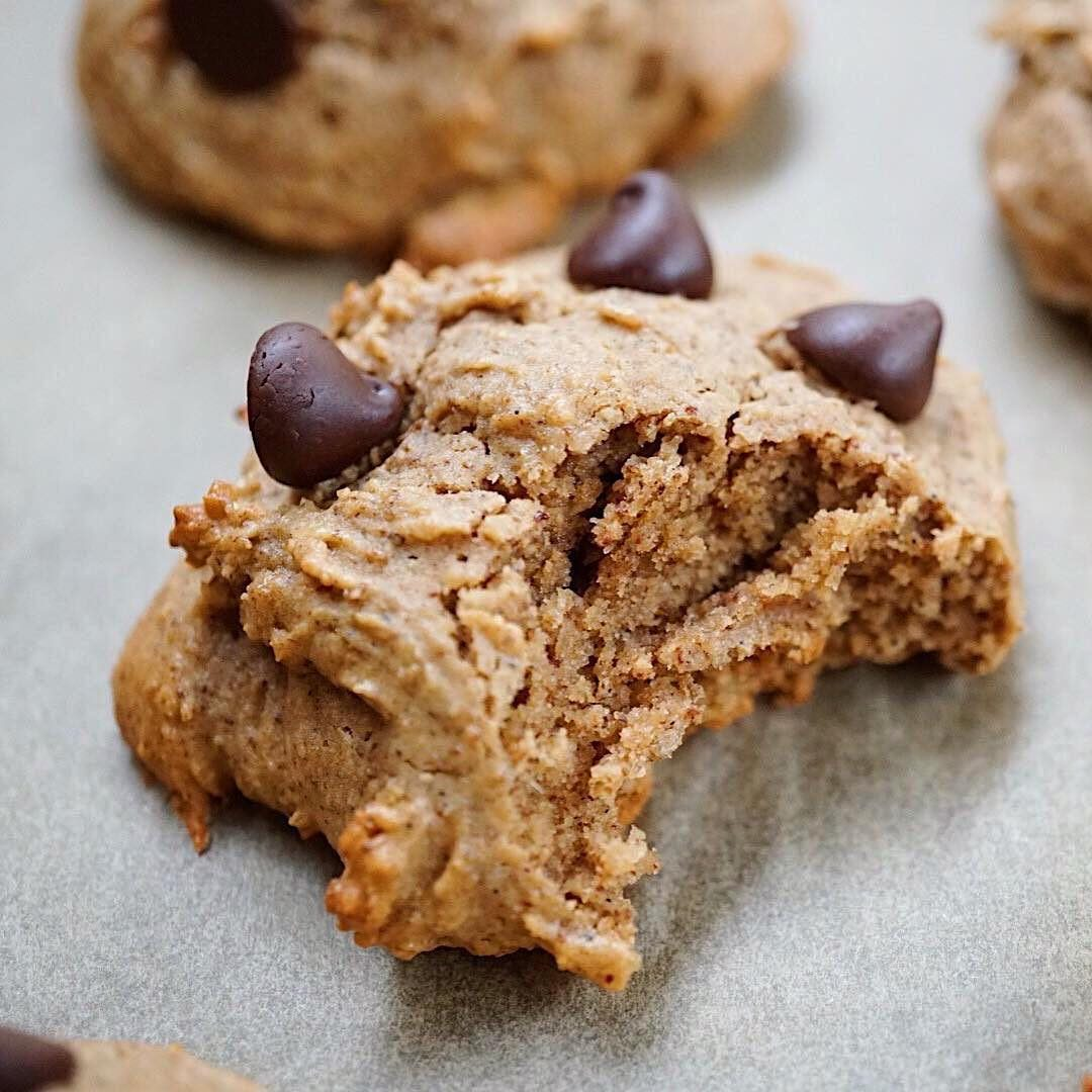 Chocolate Chip Cookies, made with protein powder instead of flour. Get the recipe --> https://t.co/R40DpRYL9K https://t.co/64VVaGZvfT