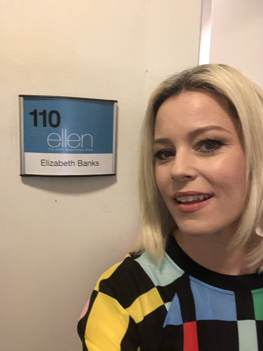 On @TheEllenShow talking @TheLEGOMovie today with a cute pic from the set of @CharliesAngels https://t.co/Bj7Y8k6PuA