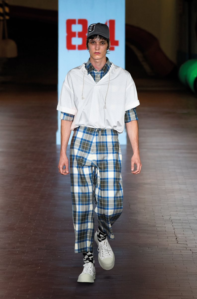 Snapshots of Imaginary Olimpic Games. Discover Marni Spring/Summer 2019 Collection on https://t.co/oLV9DAJ5A0 https://t.co/4MZOSqQ2Ij