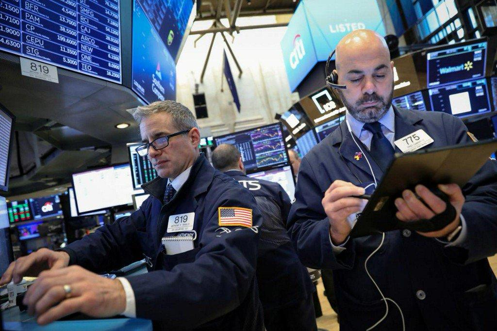 Global stocks rise on U.S.-China trade hopes; oil up again