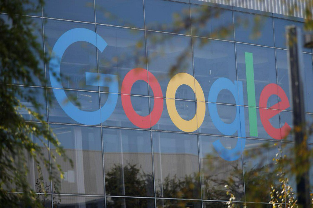 Google's new cloud boss has big task to catch rivals, Reuters data show