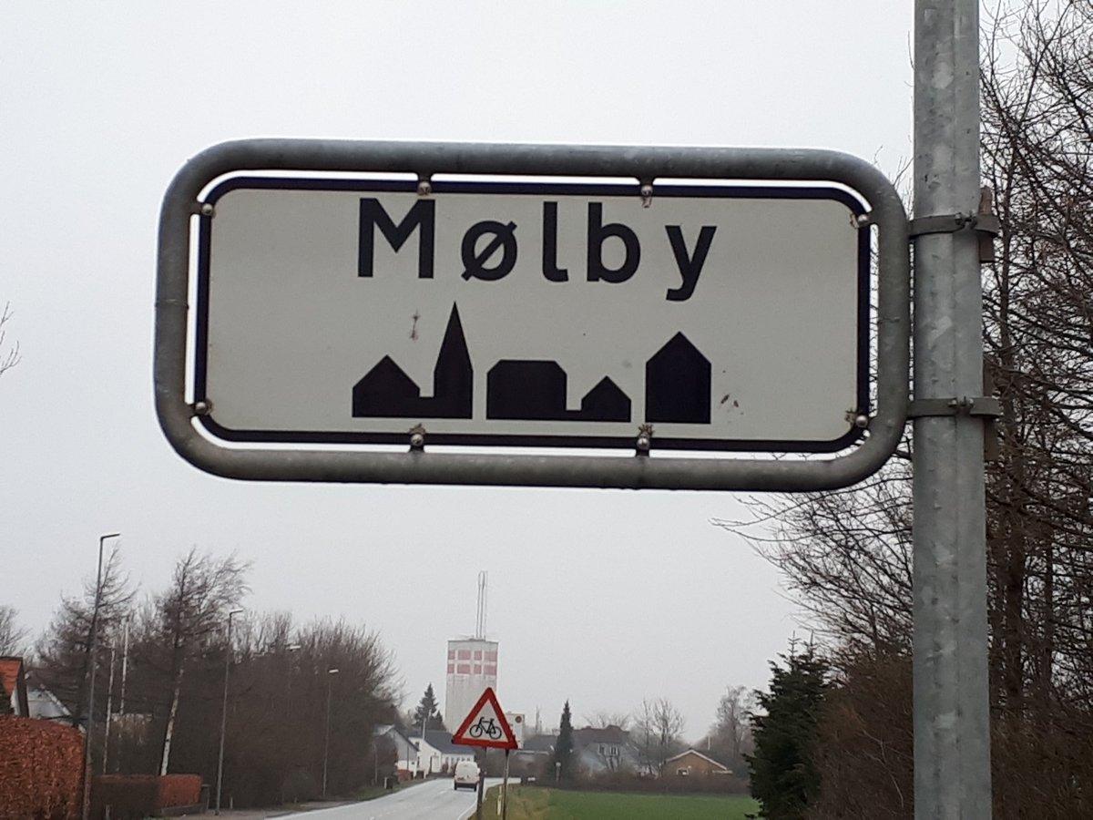 Vi foretager i dag hastighedsmåling i Mølby. Let foden fra speederen og kom sikkert frem. #politidk #atkdk https://t.co/67jKwvxxD8