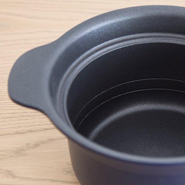 test ツイッターメディア - 炊飯器が壊れたので以前から愛用してた栗原はるみさんの万能鍋で試しにお米炊いてみたら「なんぞ美味じゃ...!」と舞ってしまいそうな程美味しくてこれ以外で炊けない....万能鍋とあるだけに、煮る焼く炊く揚げる更には蒸し器付き&IH対応....最高すぎるので先着100名様にプレゼントするよ #しません https://t.co/S1VEi8g3eT