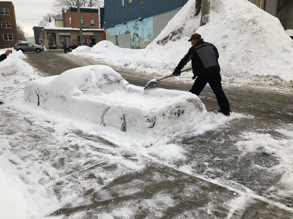 "test Twitter Media - FOUND!  Gilles Bergeron is #Ottawa's ""Snow-Banksy"".  He built snow street art in Vanier.  His sculptures 👉 https://t.co/6dTvlnLiBy #ottnews https://t.co/1utHE5JAl2"