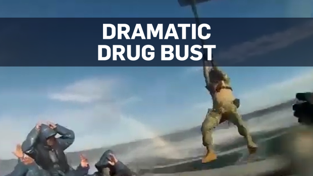 Mexican soldiers swoop in to seize cocaine