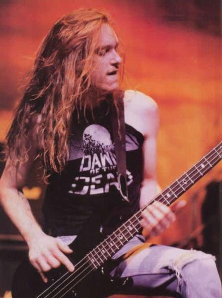 Happy birthday to the late Cliff Burton. Thank you for making me love the bass guitar