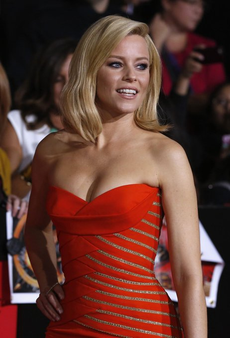 Happy 45th birthday, Elizabeth Banks. The director of the new reboot.