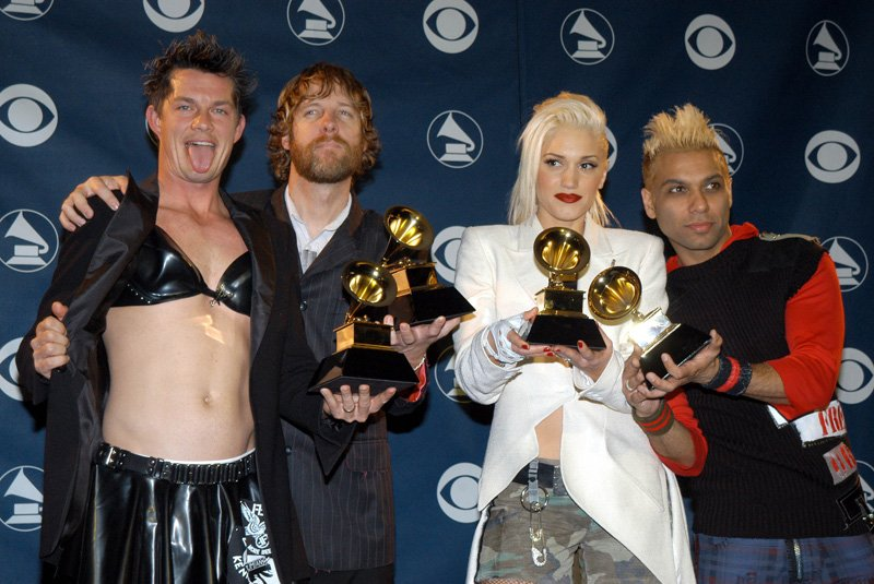 Fun times at the 2003 #GRAMMYs.  Good luck to everyone who is nominated tonight! https://t.co/cDDiE8uFtO