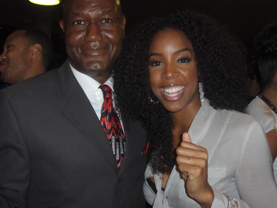 Happy birthday to the beautiful Kelly Rowland.