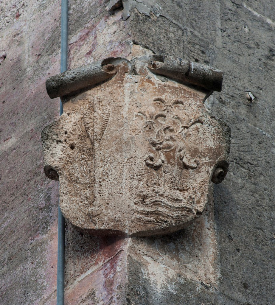 test Twitter Media - La freccia e il delfino: alla scoperta di un antico (e dimenticato) palazzo di #Manduria - https://t.co/Jl08guMsph - #AraldicaSalentina #Casalnuovo #FamigliaSaetta #LibroneMagnoDelleFamiglieManduriane #MarcelloSemeraro https://t.co/gbLPxjGY8a