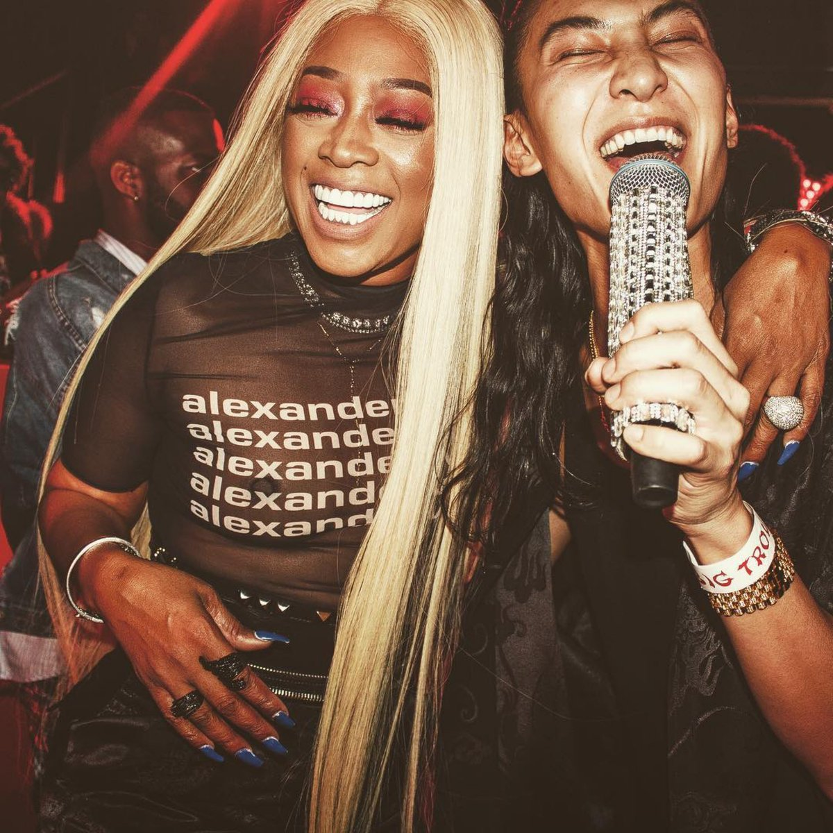Today's #MondayMotivation is brought to you by @TRINArockstarr and Alex Wang 💯 https://t.co/EZRKf6fTvj