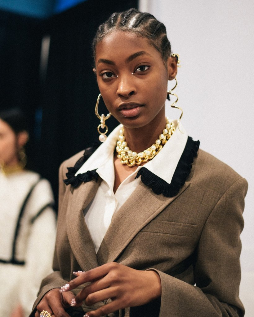 RT @nyfw: Adorned all over backstage at @adeamonline's debut runway show at #NYFW February 2019. https://t.co/oGIYfaQCRa