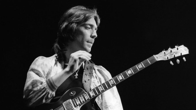 A massive Happy Birthday to former Genesis guitarist Steve Hackett, born on this day in 1950.