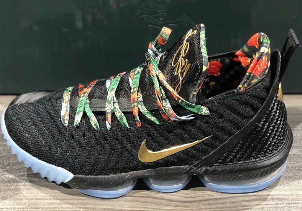 RT @thisis50: 2019 NBA All-Star Weekend Sneaker ReleaseGuide https://t.co/2IJQ6m0mJP https://t.co/X739Z4R6B7