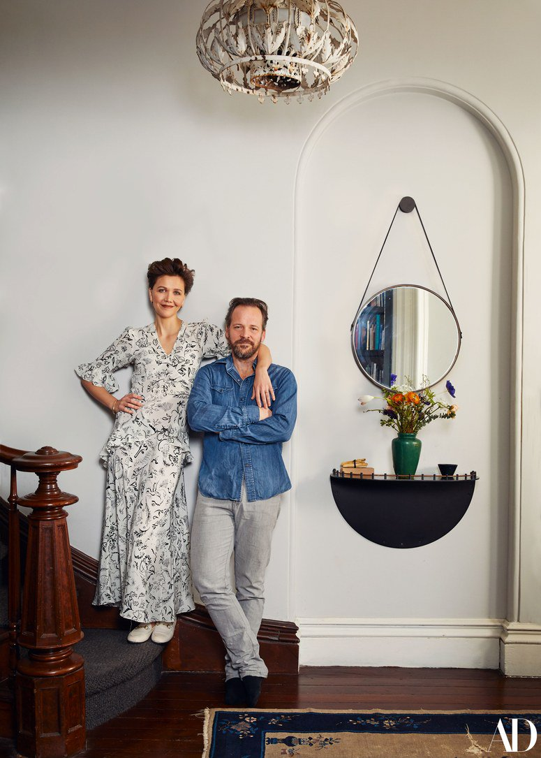RT @ArchDigest: Inside @mgyllenhaal and @petersarsgaard's cozy Brooklyn home: https://t.co/I4vsmM95DJ https://t.co/J2zQuCeSi4