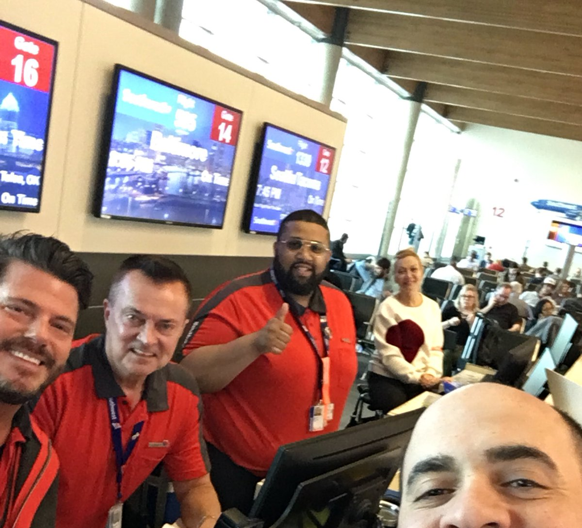 test Twitter Media - Dear @SouthwestAir, With all the delays and disruptions today at DAL, your team would have every right to be tired, frustrated, or rude. They have been none of those things. Y'all have a rockstar crew here. Thank you! #IFlySWA ♥️ https://t.co/F6FJOCFpTr