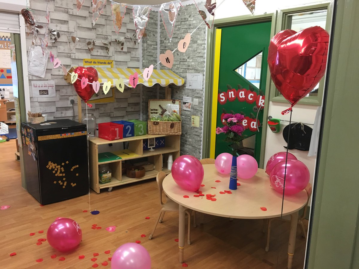 test Twitter Media - Reception are ready to celebrate St. Valentine's Day in class today. Happy Valentine's Day to you all! https://t.co/jrcU8zGrtT