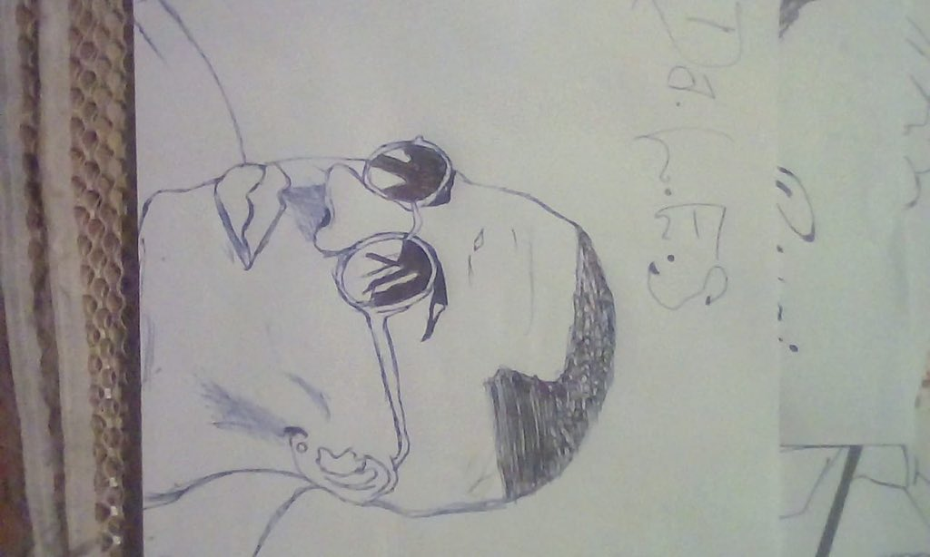 Let's all support young talent the kid sent me this and a video saying he needs work...he drew a pic of @2freshLES https://t.co/aFbNWWLUKa
