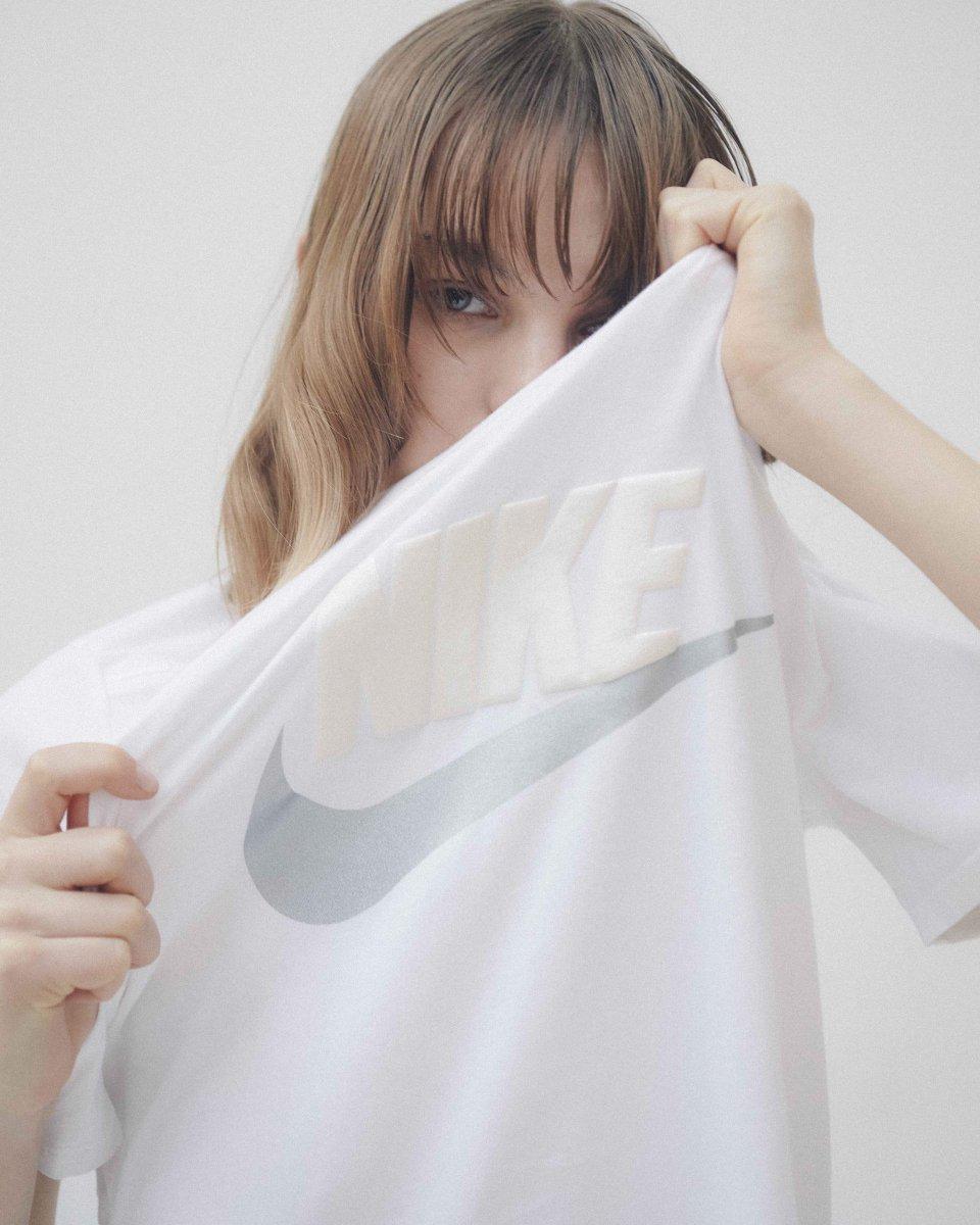RT @fashionsnap: スナイデル×ナイキ、ホワイトで仕上げた限定コレクションが登場。シューズやフーディーなど全4型をラインナップ https://t.co/3wt9B4Da6d https://t.co/kxn7cc9mpZ