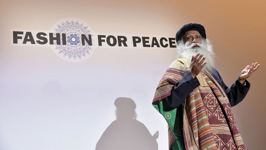 RT @thrstyle: NYFW closes with 'Fashion for Peace' event focused on sustainability
