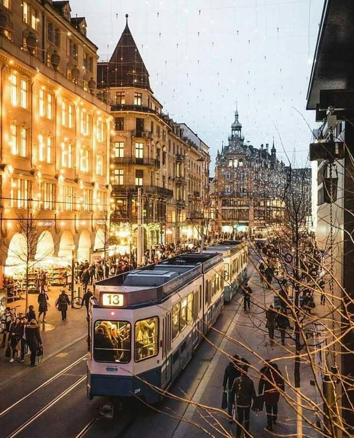 RT @MelissaBWhite2: Zurich #Switzerland https://t.co/D4hjbhXadc