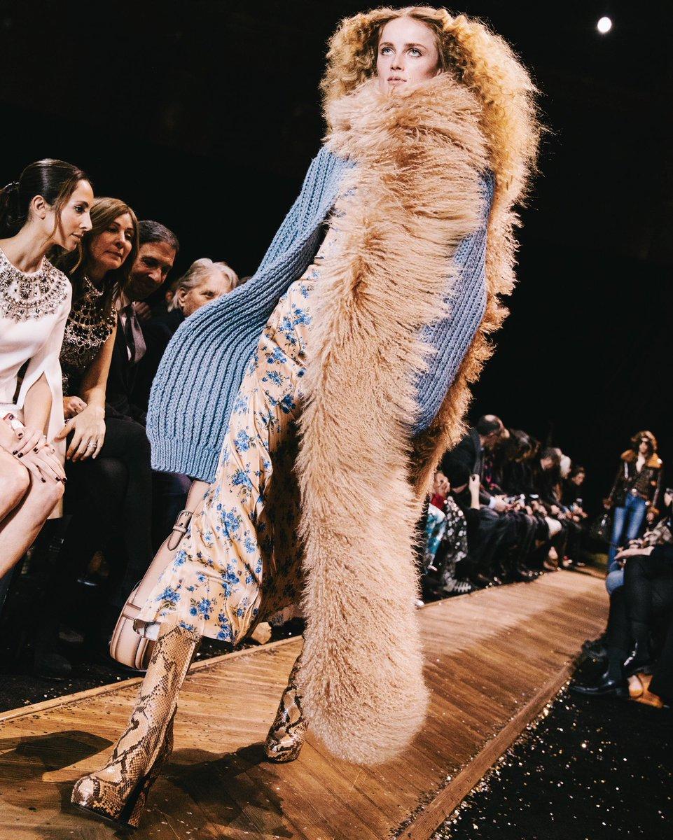 Fashion, fashion, fashion. #AllAccessKors #MichaelKorsCollection #NYFW https://t.co/xL6u88qUnn