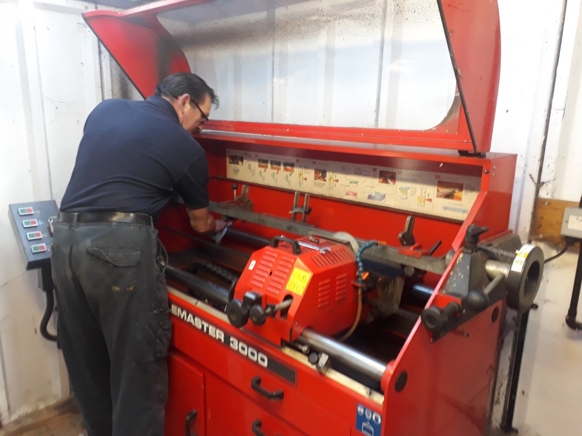 test Twitter Media - Behind the scenes Alan our mechanic has finally put the axe down #logs #logburner and the mowers are all getting a pre season regrind #Golf #mowers @IngestreParkGC @IanDaviesEEEgol @JacUKdirect @SherriffAmenity @andyb381 https://t.co/AsorpVH1gh