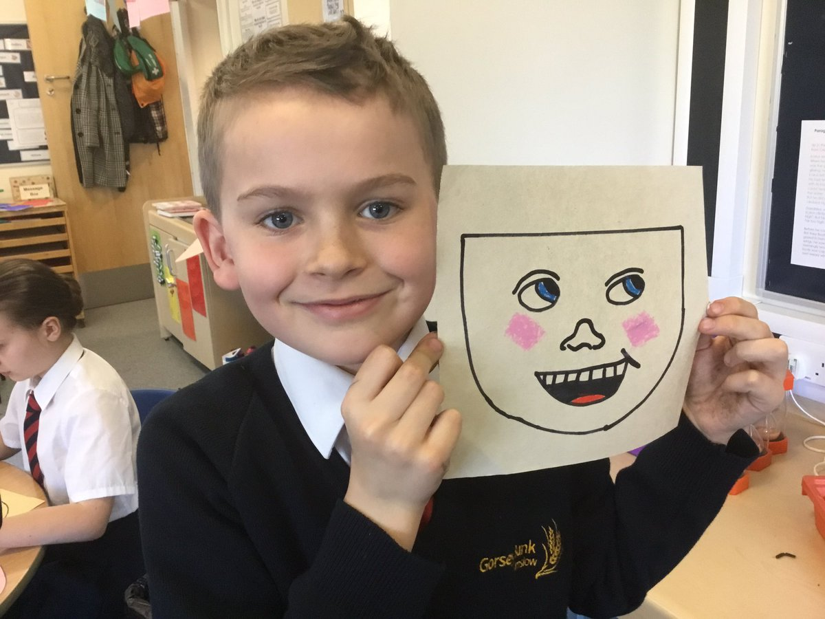 test Twitter Media - Drawing our faces for our winter selfies #gorseyart https://t.co/C3BYdXeofz