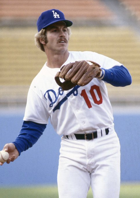 Happy 71st Birthday Ron Cey! The Penguin was my favorite Non- of the 70s!