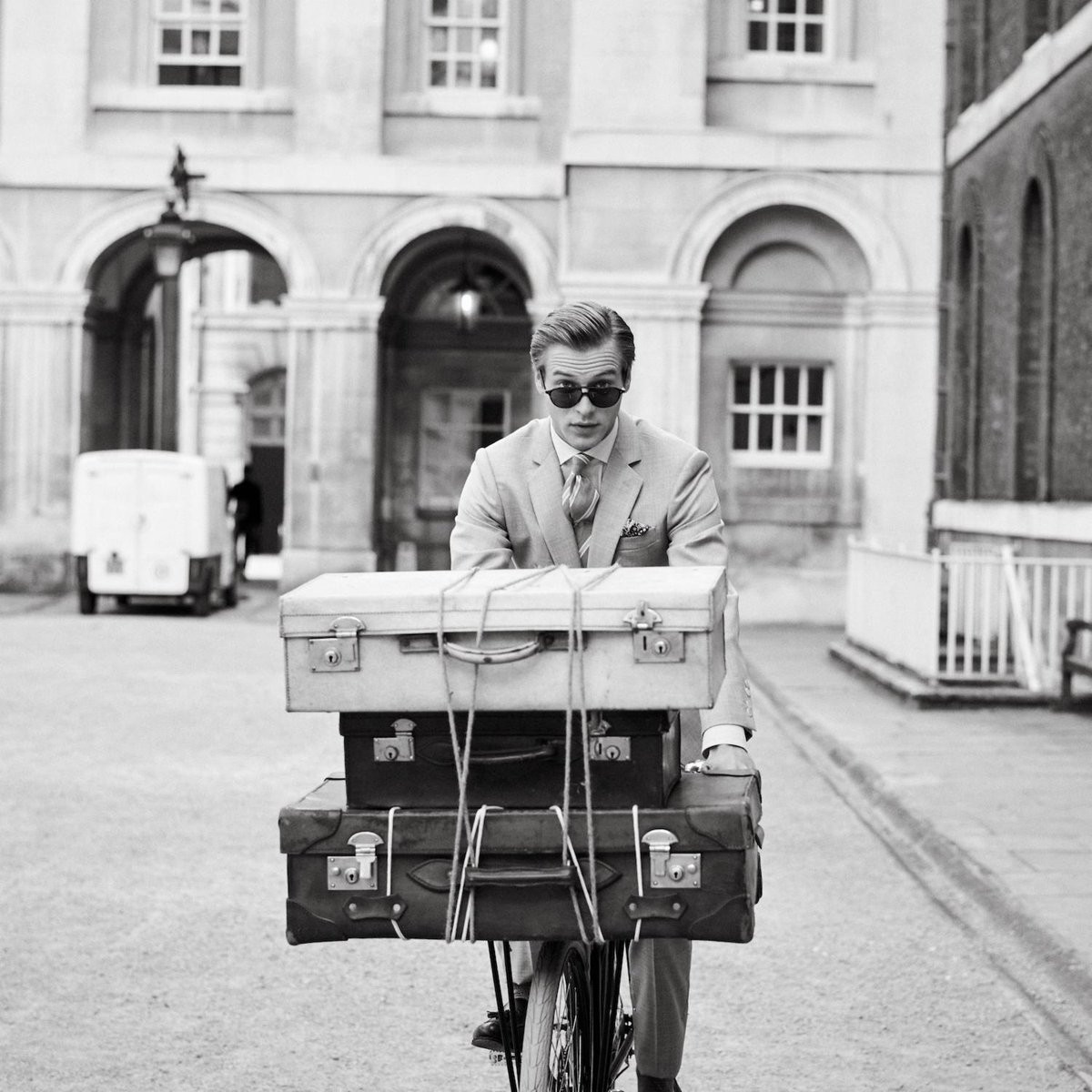 Packed and ready for the weekend. #Hackett #FridayFeeling https://t.co/9UrkYXN5uE