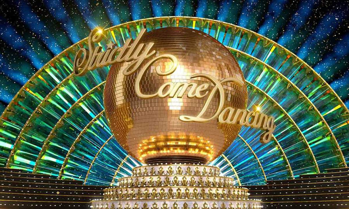 Much-loved Strictly Come Dancing couple are missing from reunion performance: