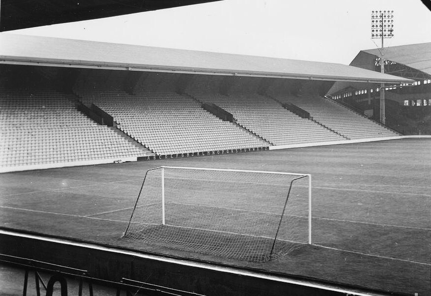 Kemlyn Road Stand (Later Centenary Stand and now Sir Kenny Dalglish Stand) https://t.co/YDs7Gw6JzV