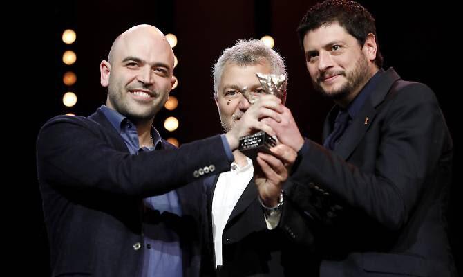 #RobertoSaviano