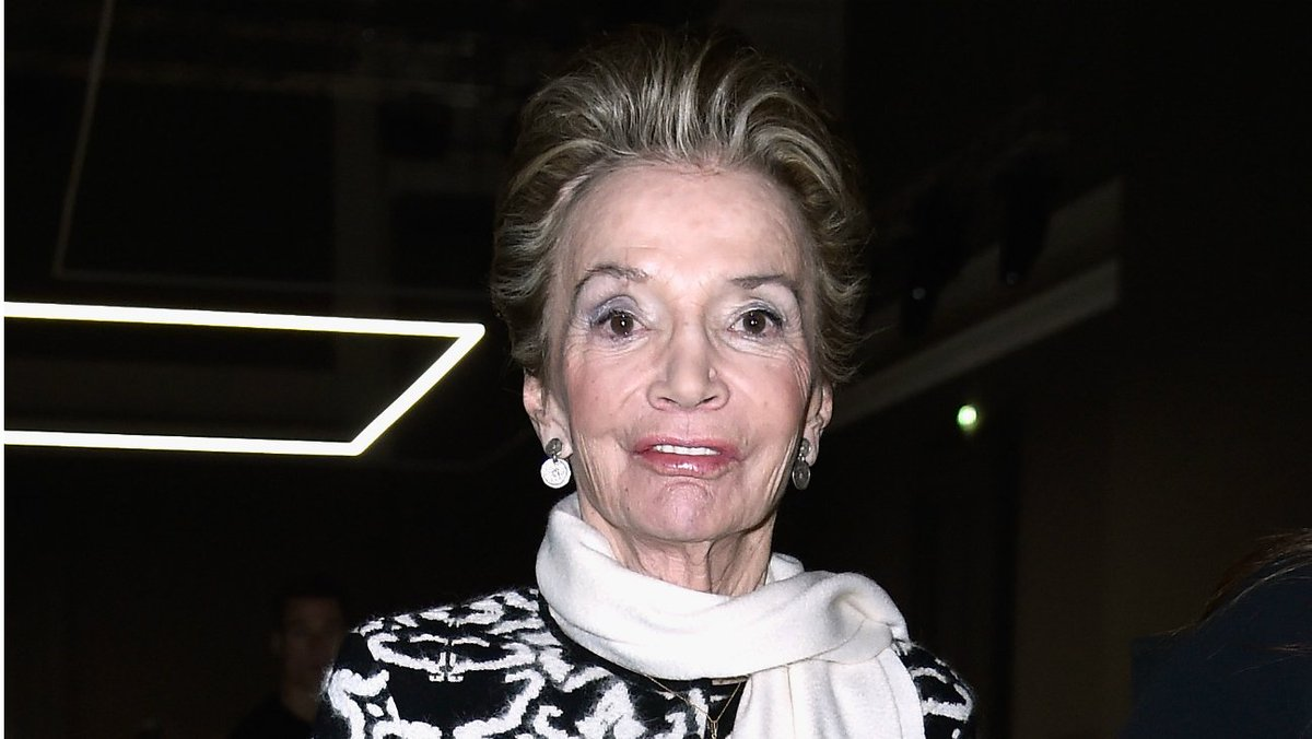 Socialite Lee Radziwill, younger sister of Jacqueline Kennedy Onassis, dies at 85