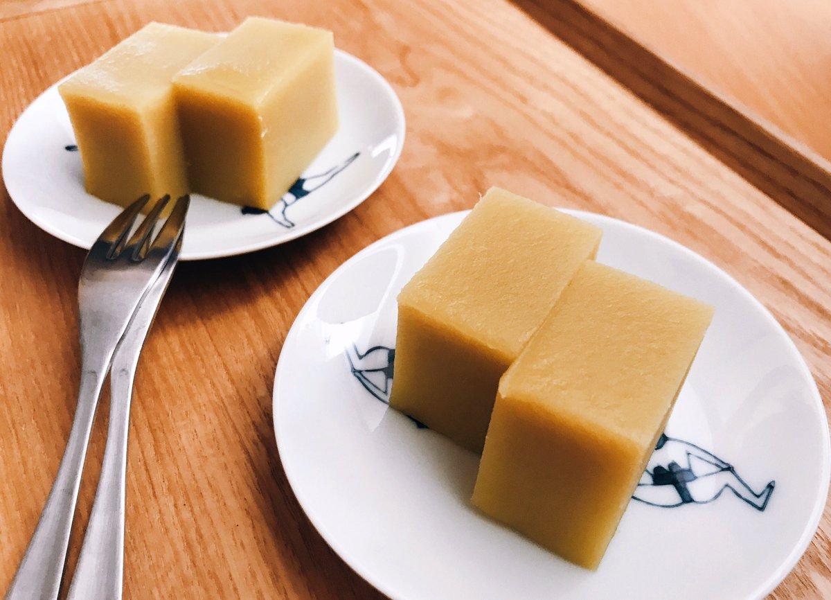 test ツイッターメディア - おやつ 舟和の芋ようかん かわいすぎるお相撲さんのお皿は昨日買ったやつ https://t.co/l68J1cdoix