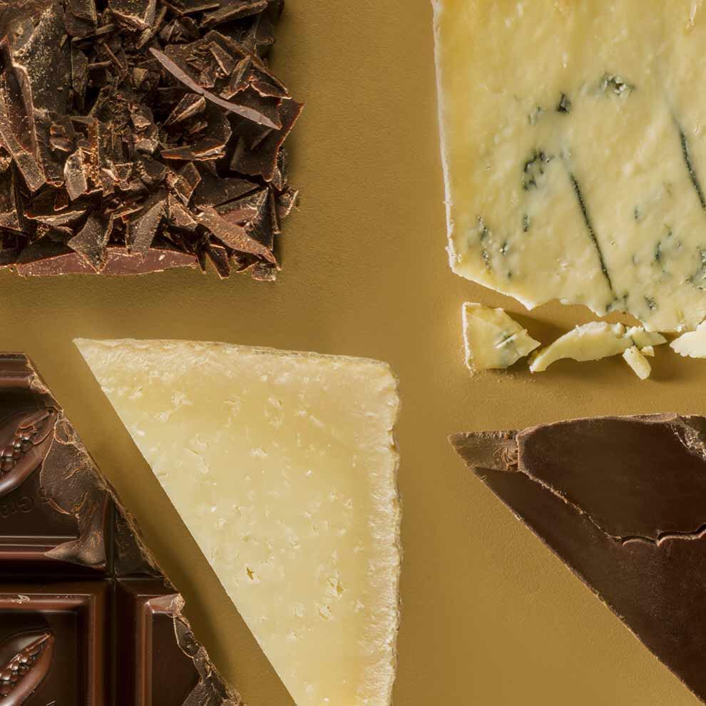 Maridaje de queso y chocolate, 40 años de Los Morancos y mucho más. En Fuera de Serie, hoy con @elmundoes https://t.co/4U7CnMTHik