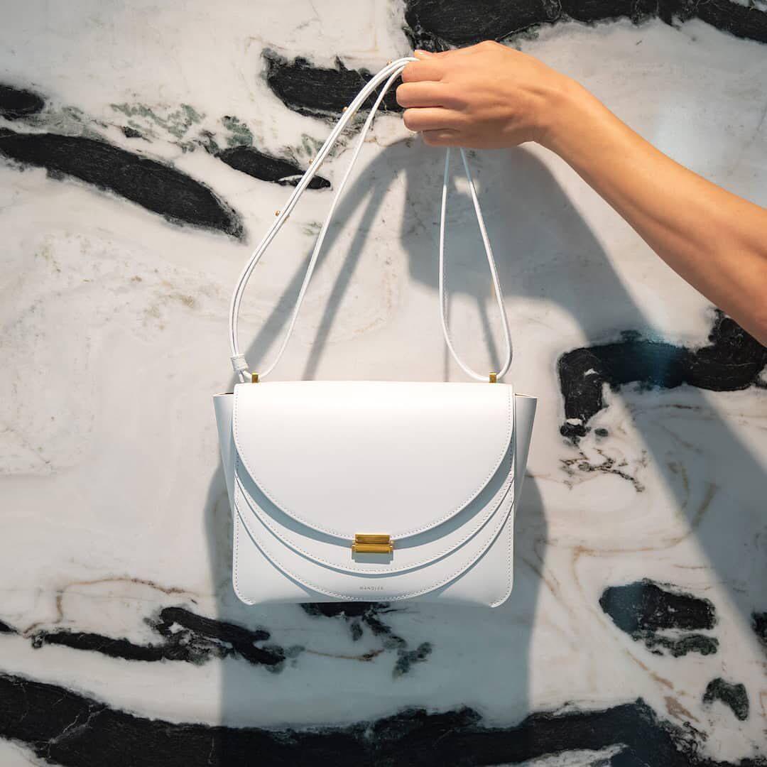 Meet Wandler's new Luna bag https://t.co/jP00J0WYcl https://t.co/7paq8Ser5A