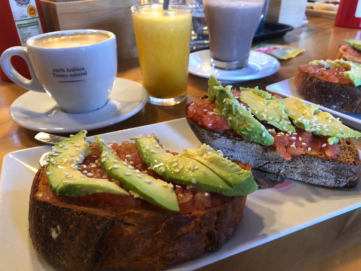 test Twitter Media - RT @Jenyjournalist: Cuando descubres que tu barrio es ¡¡LO MEJOR!! 😍  #domingueando #desayunos https://t.co/aK7PPaff30