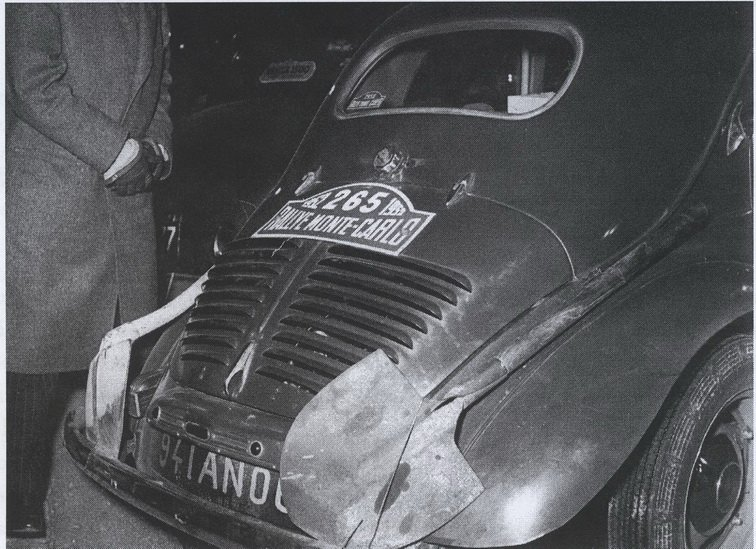 test ツイッターメディア - Renault 4CV et..............2 pelles https://t.co/lKC6jXpyqN
