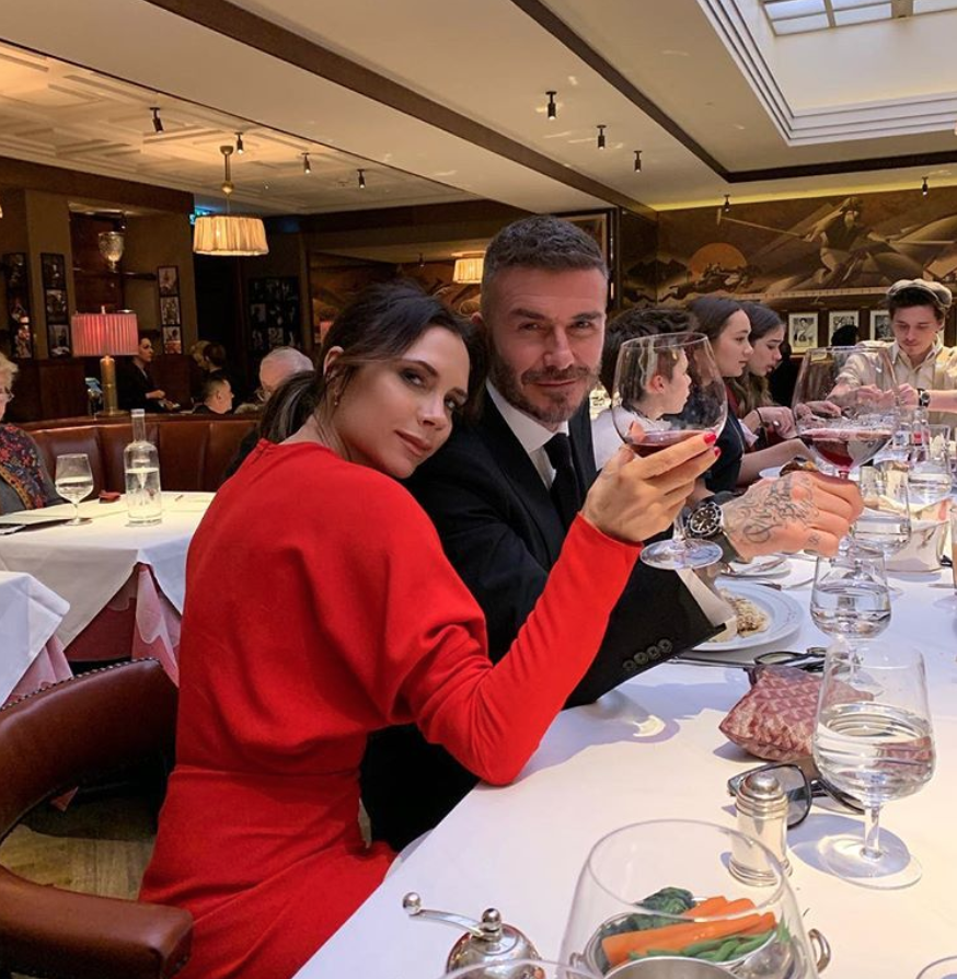 After show lunch with my favorite people x I could not do it without you x kisses x #VBAW19 #LFW https://t.co/pcna7Q1CJd