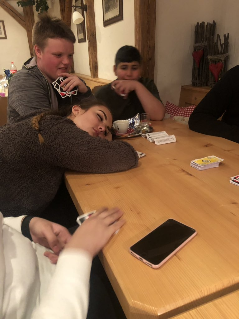 test Twitter Media - The longest game of UNO ever is too much for some... https://t.co/fr9JqRp70W